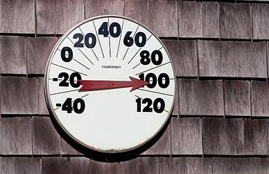 outside_thermometer_reading_100_degrees