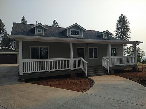 Exterior front of new home build in Paradise, CA