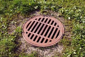 outside drain-139900161