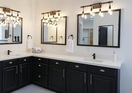 unique bathroom lighting